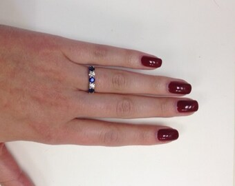 5 stone sapphrie and diamond anniversary ring