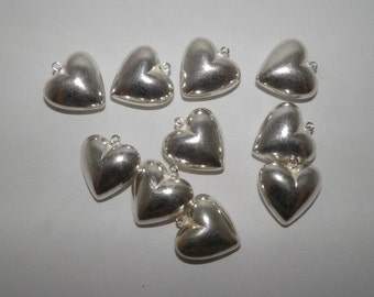 13 x 23 x 24mm, Large Silver color puff heart bead pendants, QTY 5