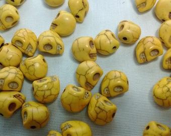 40 Yellow Skull Head Stone Beads Spacers - #095