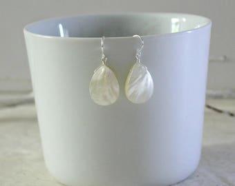 Mother of Pearl Earrings-Abalone Earrings-Mother of Pearl Teardrop Earrings-Abalone Teardrop Earrings-White Abalone Dangle-White Earrings