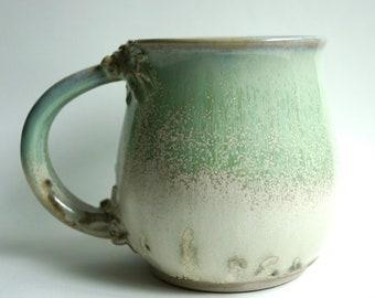 Green and White Mug (15fl oz)