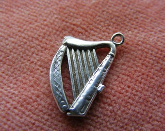 Vintage Sterling Silver Charm Musical Harp