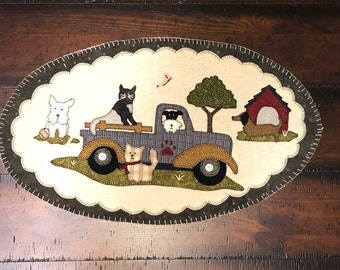 Pre cut Table Toppers - March Pet Rescue