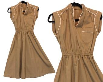 1950s day dress • vintage Vicky Vaughn Junior shirtdress • khaki shirt dress • mandarin collar, piping • A-line dress • women size XS XXS