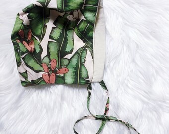 Jungle Dreams Bonnet / Reversible Bonnet / with Beige Linen on Reverse / Sun Bonnet / Sun Hat