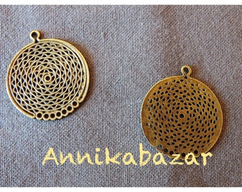 4 beautiful prints/pendants round filigree connectors 30 x 33 mm nice mounted in earrings