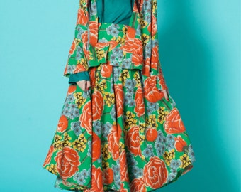 Sales: Lost in Kyoto Collection Japanese black green traditional print floral blossom short kimono