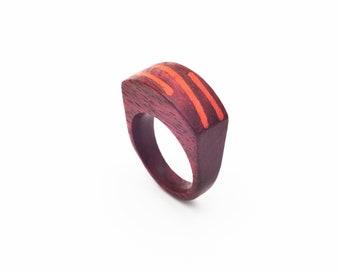 Amarat wood ring with color patern