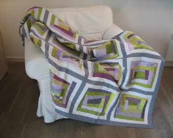 Handmade quilts, Wallhanging, Quilts, Throw Quilts, Patch Quilts, Modern Quilts, Patchwork, Bedspread, Home and Living