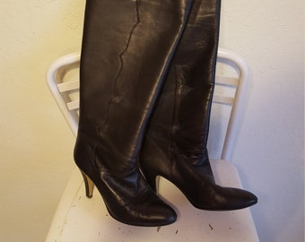 Pull On 9 West 80's Stiletto Boots