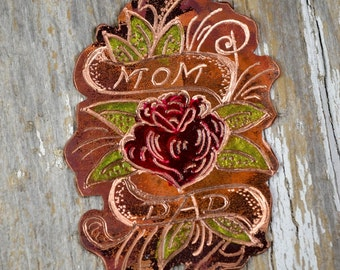 Ink'd Ablaze Vintage Mom Dad Rose & Banner Sailor Jerry Tattoo Necklace  - Classic Tattoo Flash Inspired, Hand Engraved - ReaganJuel: Inkd8