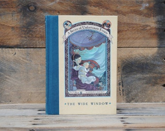 Hollow Book Safe - A Series of Unfortunate Events 3 - Hollow Secret Book
