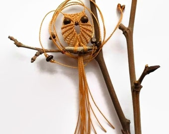 Macrame Owl Necklace Ochre