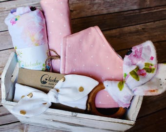 Baby Girl Gift Basket – Watercolor Floral Baby Gift