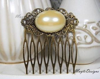 Pearl Hair Comb/Ivory Pearl Antique Brass Hair Comb/Antique Brass Filigree Ivory Pearl Hair Comb/Bridal Wedding Pearl Comb/Bridal Head Piece