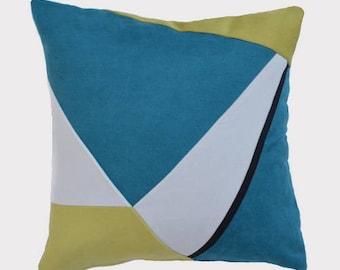 Decorative cushion 45 x 45, blue white yellow