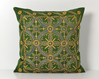 Suzani Pillow - Green Hand Embroidery Decorative Vintage Suzani Pillow Cover - Accent Pillow - Ethnic Pillow - Throw Pillows - Cushion Cover