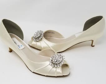 Ivory Wedding Shoes with crystal oval brooch Ivory Bridal Shoes Ivory Kitten Heels Additional 100 COLOR CHOICES Ivory Bridesmaid Shoes