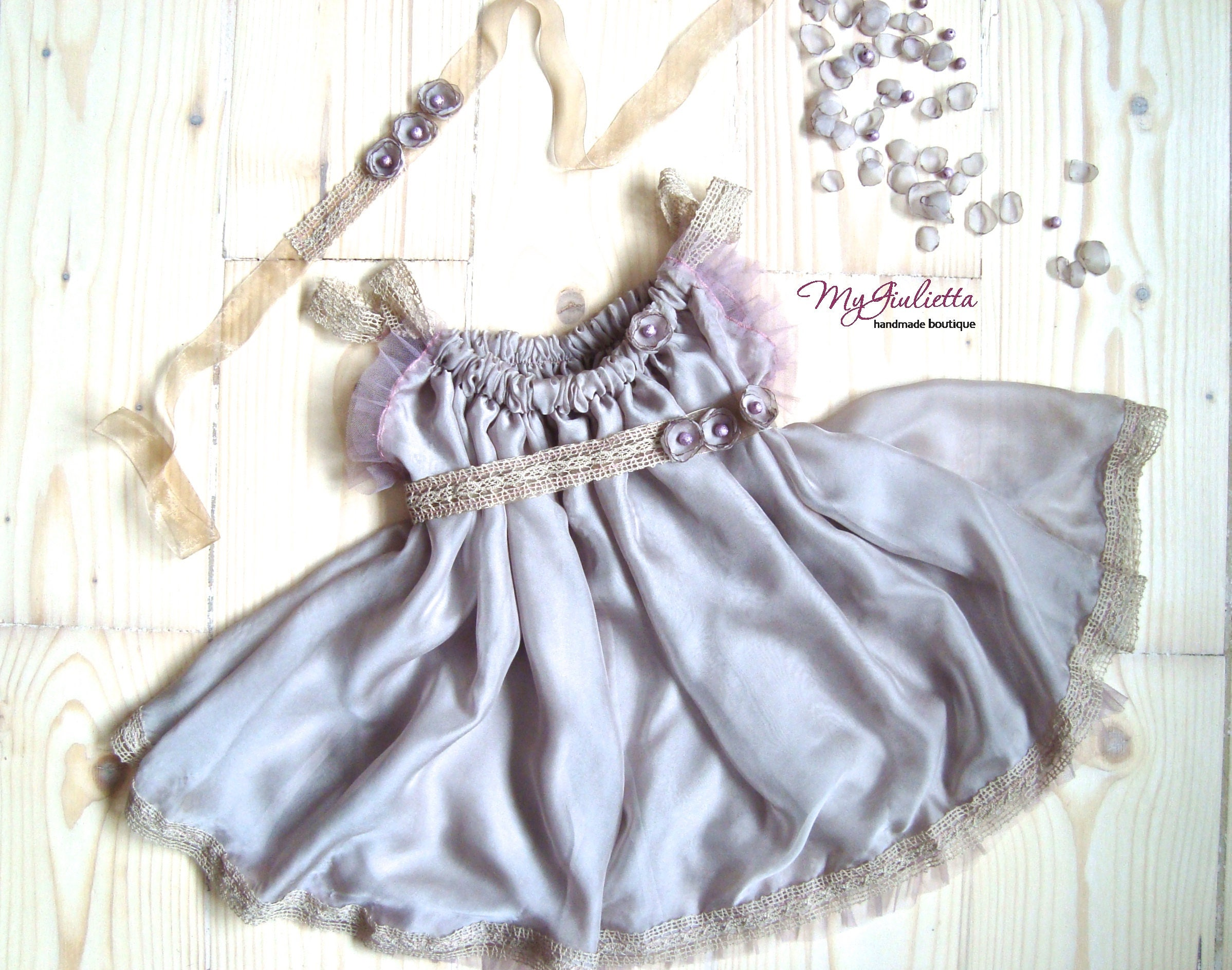 Girl graphy Newborn Props Vintage Silk Dress Sitter Props Baby