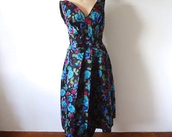 1950s Party Dress - silk cocktail dress - floral print evening gown - M