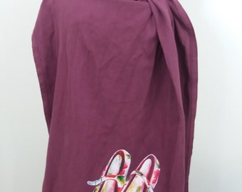 Woven ring sling - Plum color with shoes illustration. 100% cotton baby carrier.