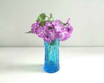 Blau geschliffenem Glasvase - sowjetischen Vintage - Aqua blau gedrückten Glasvase - made in UdSSR