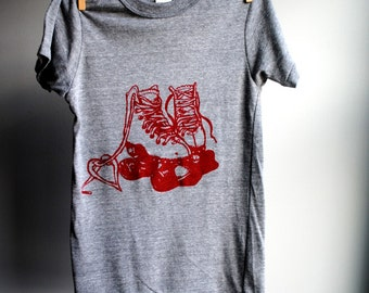 Roller Skates Unisex T-Shirt, Man or Woman - Eco-Heather Grey with Red Print - Extra, Extra Small