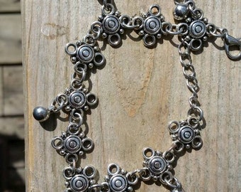 Bracelet with charms. For the Bohemian in you.