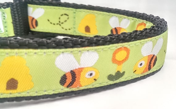 Honey Bees - Dog Collar / Adjustable / Pet Accessories / Handmade / Bumble Bee