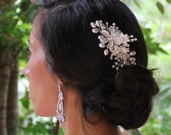 Silver Bridal Haircomb, Floral Hair Comb Pearl Hair Comb, Silver Flower & Pearl Hairpiece, Bridal Hair Clip GABBY