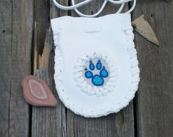 White buckskin bag  , Beaded wolf paw totem , Necklace bag , Beaded amulet pouch , Metaphysical , Buckskin pouches , Medicine pouch