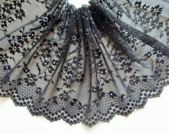 D5 - Floral Black Lace, embroidered on tulle.