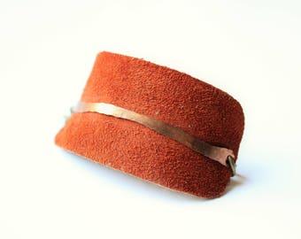 Suede and copper bracelet, Leather cuff, copper cuff