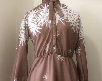 1970's inspired cute floral pattern print secretary dress-medium