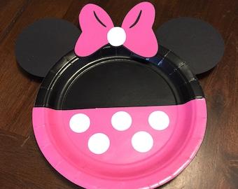 Minnie Mouse dessert plates