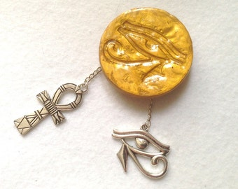 Pendant medal eye of Horus 4.7 cm