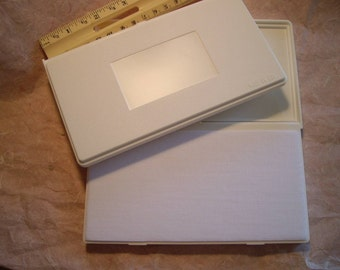 2 (two) un-inked blank stamp pads you ink whatever color you want   yep they come without ink!