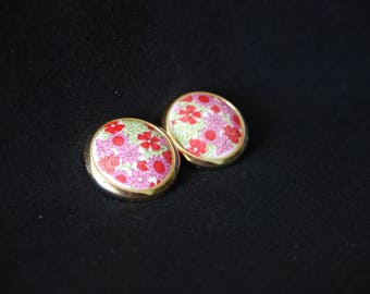 Flower clip earrings - vintage pink & gold colored plastic round earrings - Floral jewelry - Statement jewellery - 1980s retro jewelry