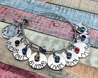 Personalized Grandma Bangle Bracelet, Nana Bracelet, Grandma Bracelet, Grandma Gift, Grandma Jewelry, Custom Grandma Gift, Engraved Bracelet