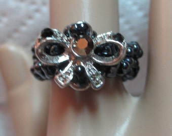 Ring, Hematite Seed Beads, Silver Plated Bow, Stretchy Cord, Size 7