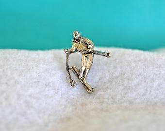 Vintage Snow Skiing Lapel Pin, Silver Tone, Men's Jewelry, Sports Jewelry, Silver Tack Pin, Silver Tie Tack, Snow Skiing Tie Tack Pin,GS1073