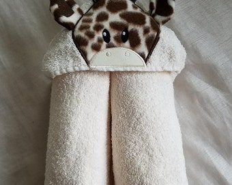 Kids Hooded Towel,Giraffe Hooded Bath Towel,Child Personalized Kids Towel,Embroidered Kids Bath Towel,Kids Gift,Baby Giraffe Hooded Towel
