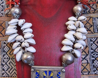 Berber Tribal Necklace with Old Silver Amuletbox,  Coral & Kauri Shels, Morrocan Sahara