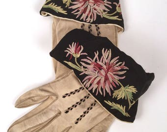 Vintage 20s Womens Embroidered Floral Leather Gloves, 1920s Floral Chamois Leather Gloves, Flapper Accessories