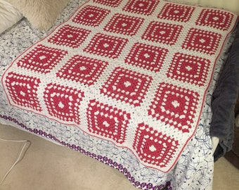 "Vintage Granny Square throw pink and white 46"" x 62"""