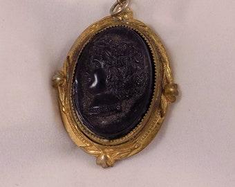Vintage Intaglio Black Cameo Locket Necklace Pendant Jewelry Woman Portrait Profile