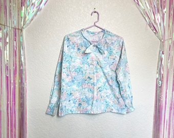 Vintage 1980s Pale Pastel Cotton Floral Top with a Little Bow at the Throat