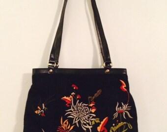 Sale Relic Black Wool Floral Design Shoulder Strap Handbag - 1980's