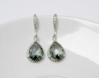 charcoal drop earring , ash grey earring , silver grey earring , bridesmaid earring , grey stone dangle , drop earring