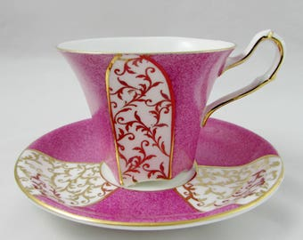 Salisbury Pink Tea Cup and Saucer with Gold Decor, Vintage Bone China, Art Deco